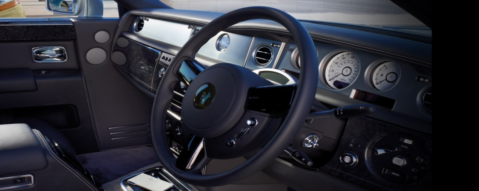 Phantom-Black-Interior-Front-Driver1